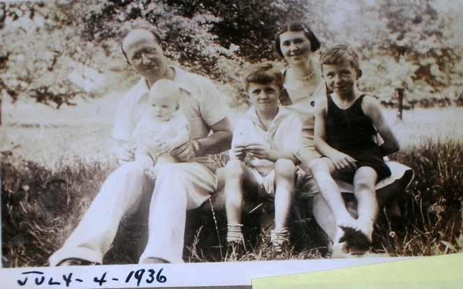 My Dad (in the middle) with his Uncle Albert, cousin Al, Jr., his mother, Emma and his brother, Daniel.